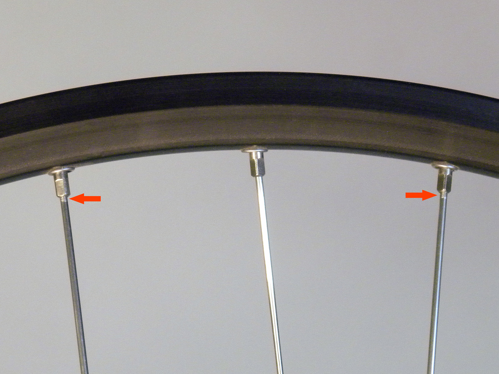 An example of a wheel with slightly too short spokes yet still completely functional