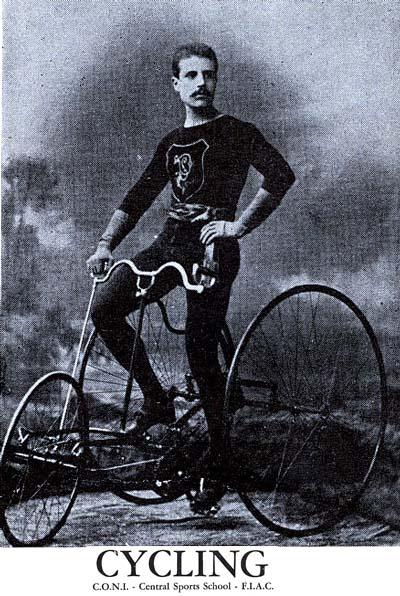 Stanislao Parboni, past trike champion posing