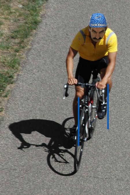 Bikers left knee tracking outward
