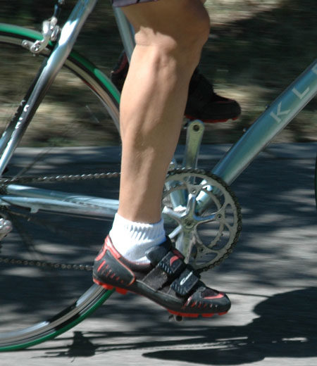 "A slightly ""toe down"" style of pedaling. Notice also the ball of the foot is positioned over the pedal."