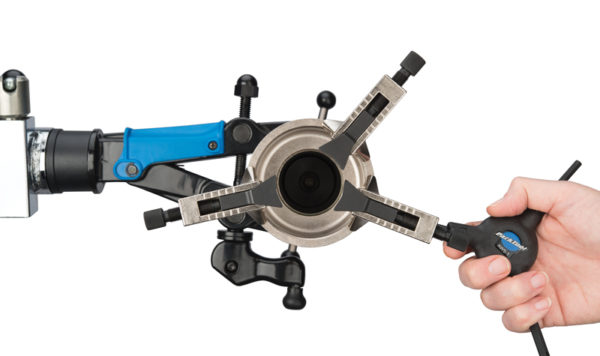 Adjustment of blades to fit assorted fork crown styles on the Park Tool CRP-2 Adjustable Crown Race Puller, click to enlarge