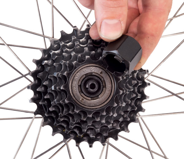 Park Tool FR-3 Freewheel Remover being inserted into Suntour® four-notch freewheel, click to enlarge