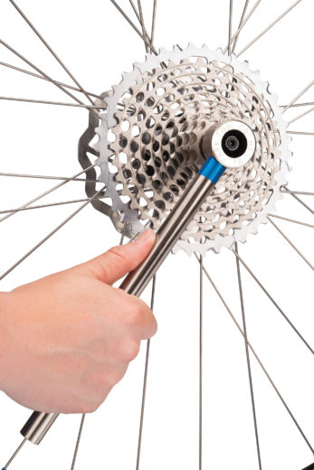 The Park Tool FR 5.2H Cassette Lockring Tool with Handle tightening SRAM® XD™ style rear cassette, click to enlarge