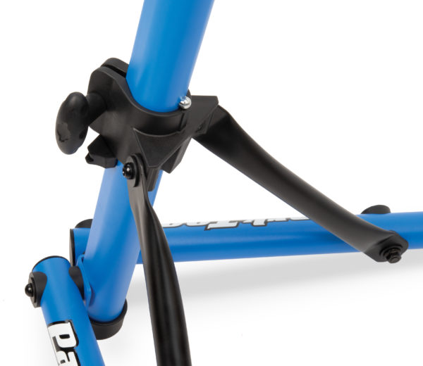 Closeup of the Park Tool PCS-10.3 Deluxe Home Mechanic Repair Stand yoke, click to enlarge