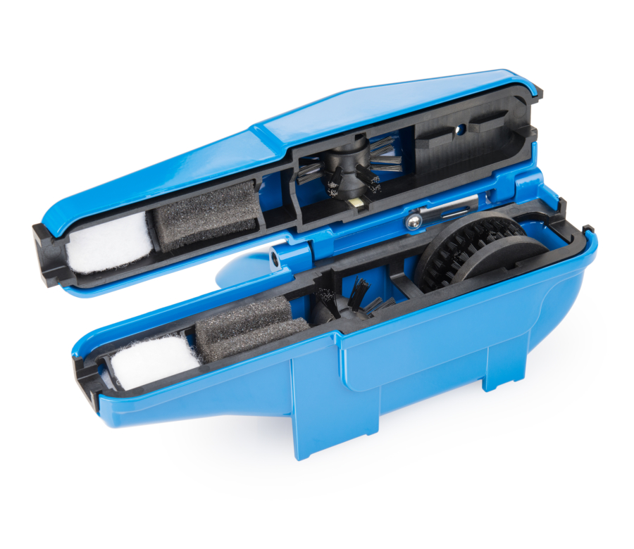 The Park Tool CM-25, Professional Chain Scrubber opened up, enlarged