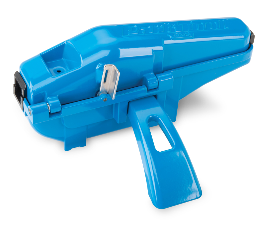 The Park Tool CM-25 Professional Chain Scrubber, enlarged