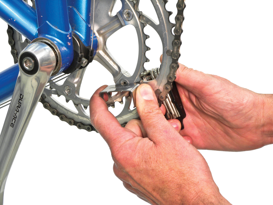 The Park Tool MTB-7, Rescue Tool tightening chain ring bolt, enlarged