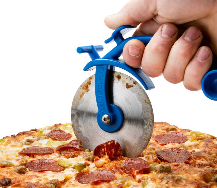 Park Tool PZT-2 cutting a supreme pizza, enlarged