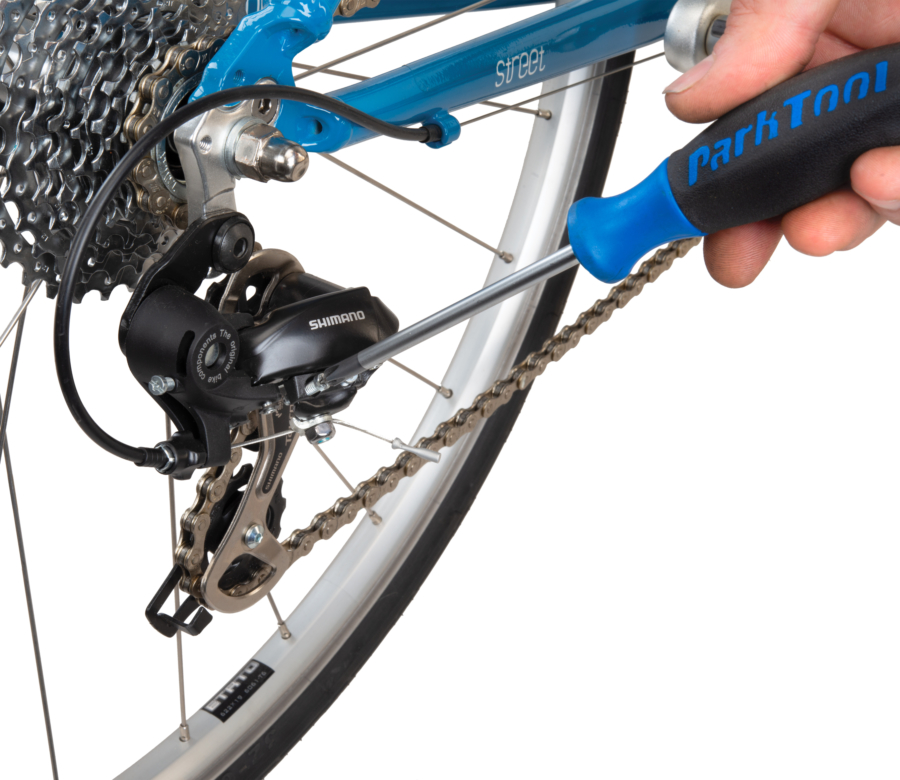 Park Tool SD-2 #2 Phillips Screwdriver adjusting limit screw on Shimano® rear derailleur, enlarged