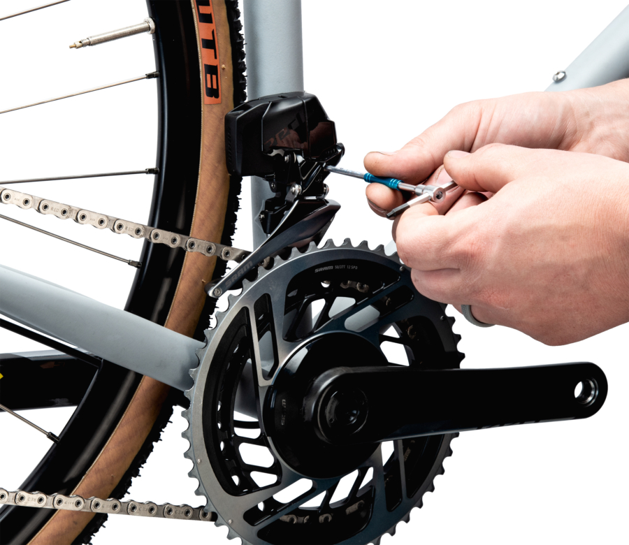 THH-25 2.5 mm wrench adjusting a front derailleur limit screw, enlarged