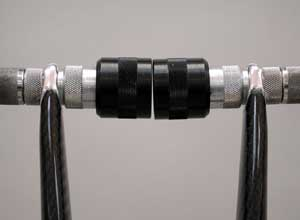 An example of non-repairable bonded dropouts in a carbon fork