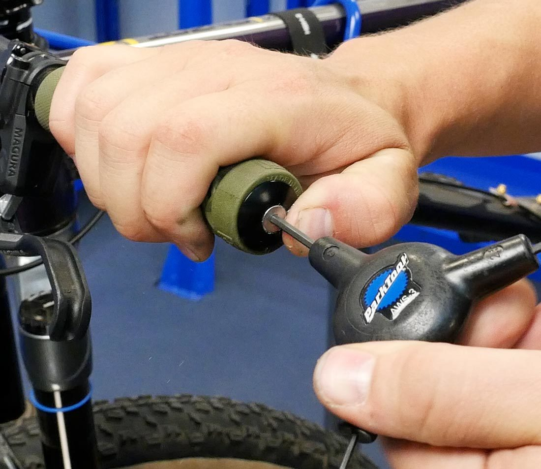 Flat Bar Grips Removal Expansion Plugs