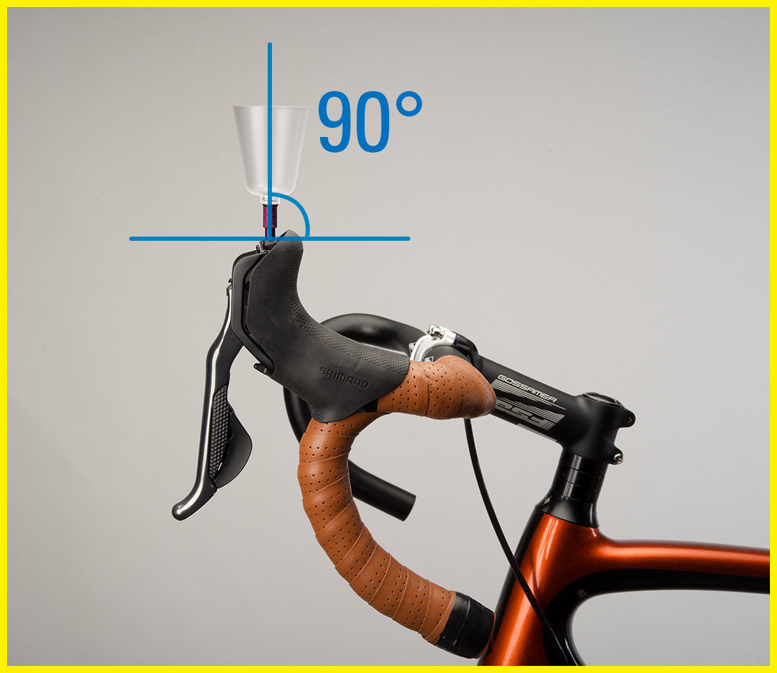 front port style lever at 90°