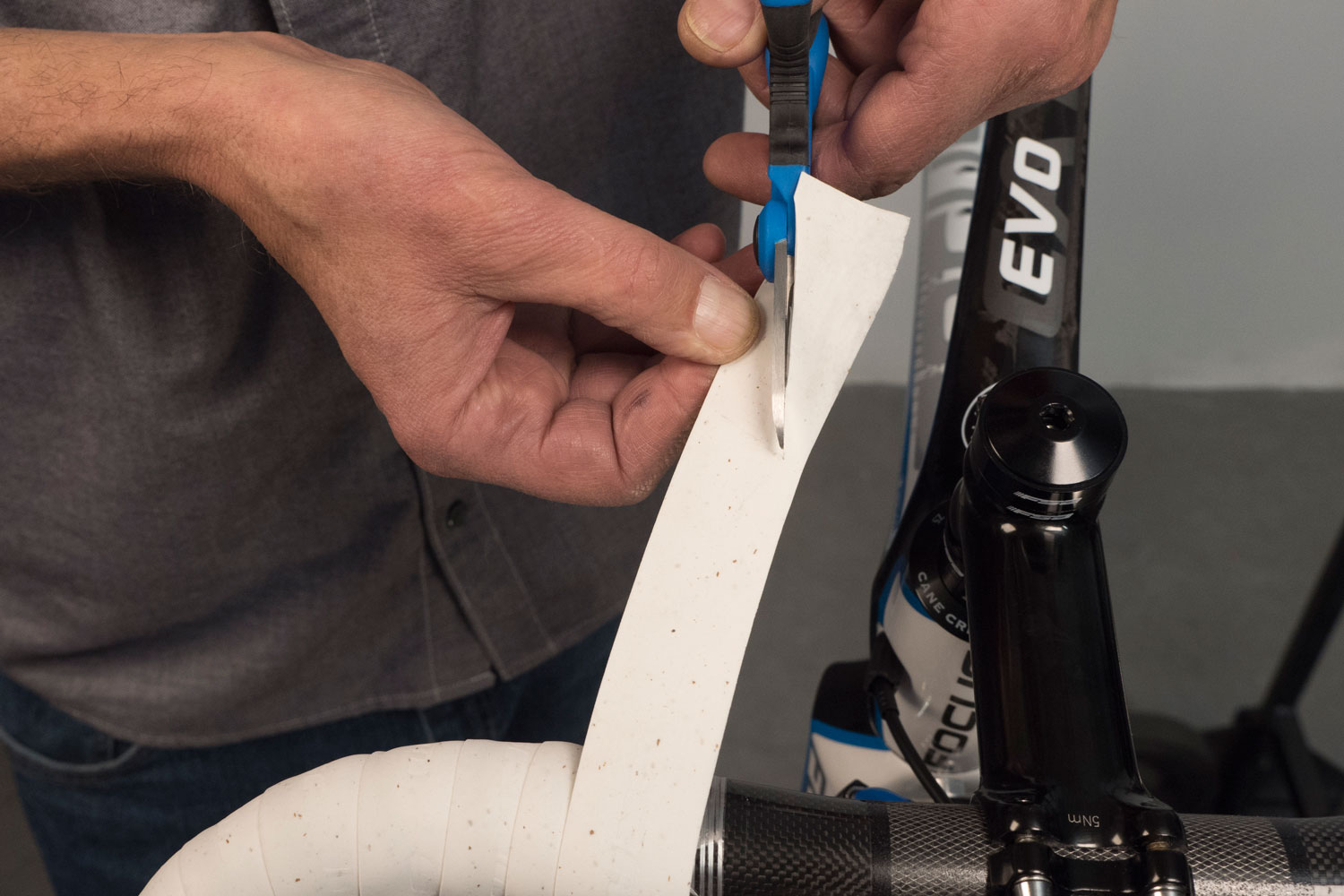 Handlebar Tape Installation Drop Bars Park Tool
