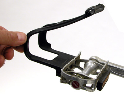 Figure 4. Correct fitting of the strap to the buckle