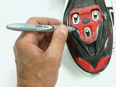 Figure 7. Mark the old position with a contrasting color of the shoe sole