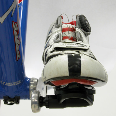 Figure 12. The pedal and sole are set normal to the bike