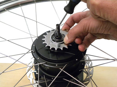 Figure 49. Use a small tipped screwdriver to install the sprocket clip