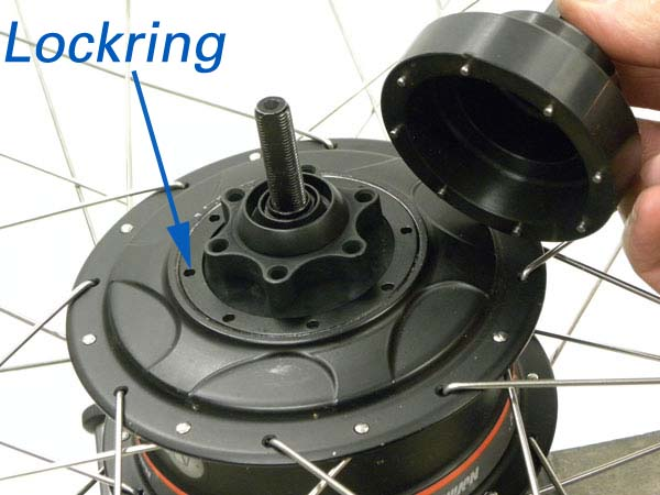 Figure 53. Rotor disc mount with lockring ring
