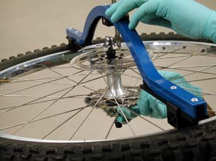 Figure 4. The rim is centered to locknuts, no correction of centering is required.